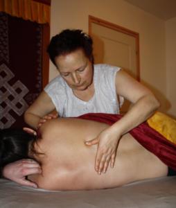 massage du dos femme enceinte